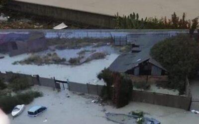 """Nubifragio a Crotone, la protezione civile: """"Restate a casa e contattateci"""". A disposizione un servizio whatsapp per le emergenze"""
