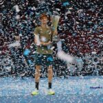 tennis, Sofia Open: straordinario Jannik Sinner, si aggiudica in tre set la finale contro il canadese Vasek Pospisil