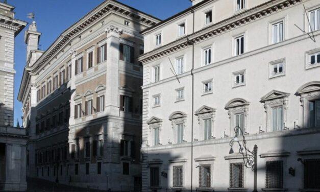 Nuove misure per il contenimento del Covid nel primo CdM senza le ministre di Italia Viva