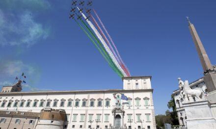 Mattarella: « Riconoscenza di tutto il Paese alle donne e agli uomini dell'Aeronautica Militare»