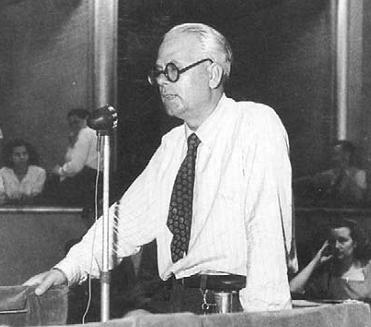 Reggio Calabria ricorda Enzo Misefari. All'antifascista, sindacalista della Cgil e deputato reggino, nato il 7 aprile del 1899, la città ha dedicato una strada