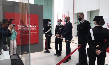 """Inaugurata al museo di Reggio con il generale Riccardi la mostra """"Salvati dall'oblio"""""""