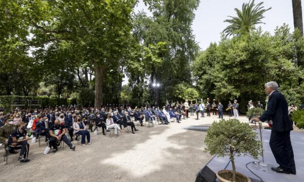 Il Presidente Mattarella consegna il Tricolore agli atleti italiani in partenza per i Giochi Olimpici e Paralimpici di Tokyo 2020