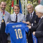 Mattarella ha conferito onorificenze motu proprio ai giocatori e allo staff della Nazionale vincitrice del campionato europeo